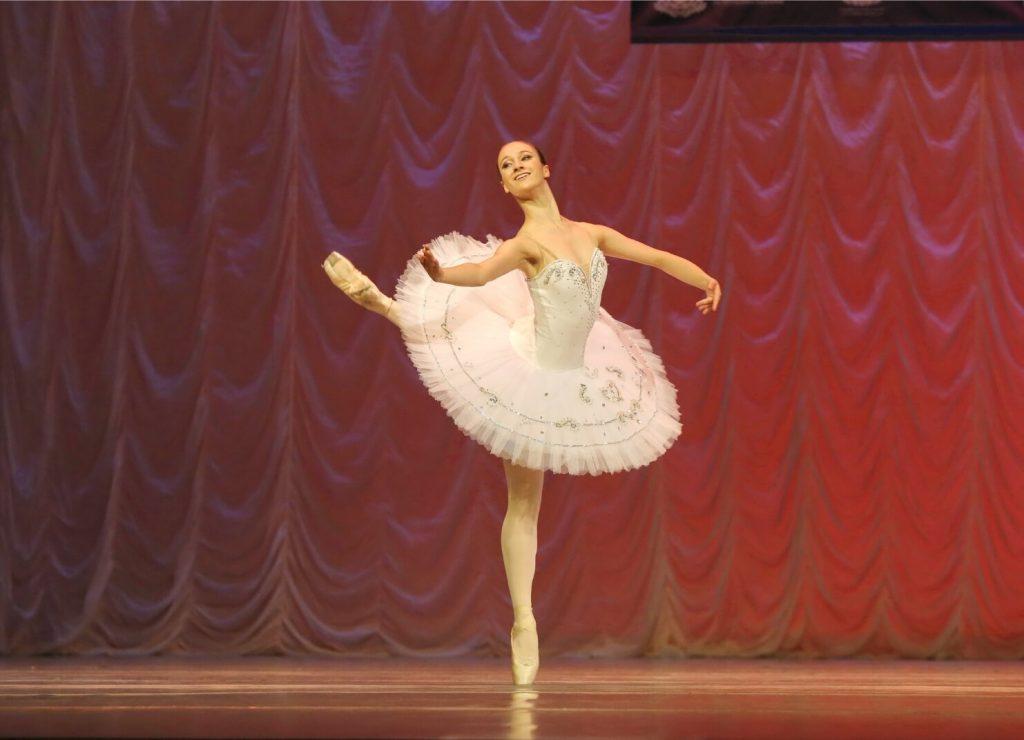Nevena Halvadjieva Balet 1