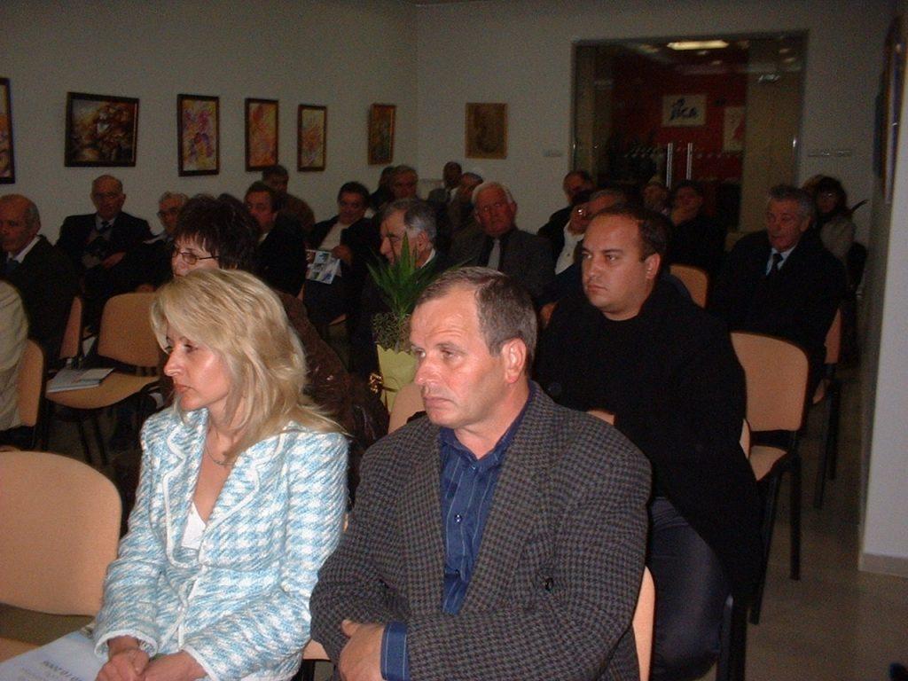 Ot4et na kmeta 2006 publika 1